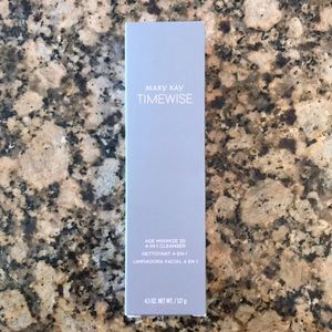 Mary Kay Timewise Age Minimizing 3D Cleanser